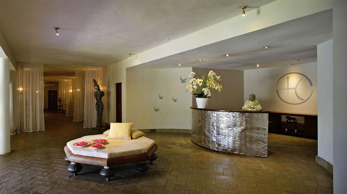 Elisabetta Gregoraci On Vacation At Her Luxury Hotel Lion In The Sun Malindi